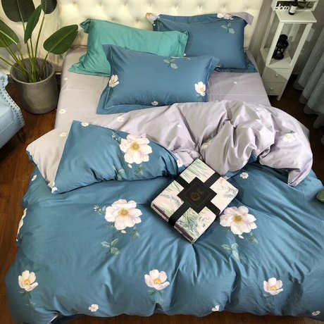 "Bedding set for luxury bedroom, made of 300TC satin cotton fabric ""Daisy"""