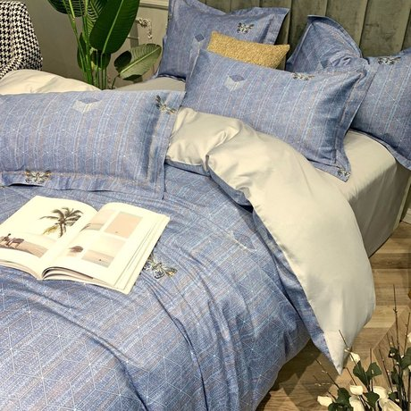 "Bedding set for luxury bedroom, made of 300TC satin cotton fabric ""Harmony in blue"""