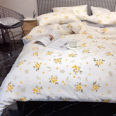 "Cotton satin 200TC double-sided bedding colourfull set ""Flowers in yellow"""